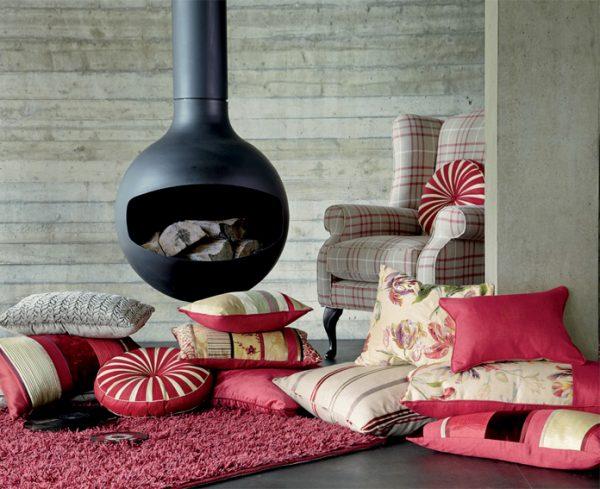 dekorativnye-podushki-v-interere-foto-13