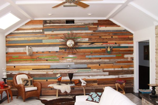 Antique-Reclaimed-Wood-Paneling-Design-for-Family-Room