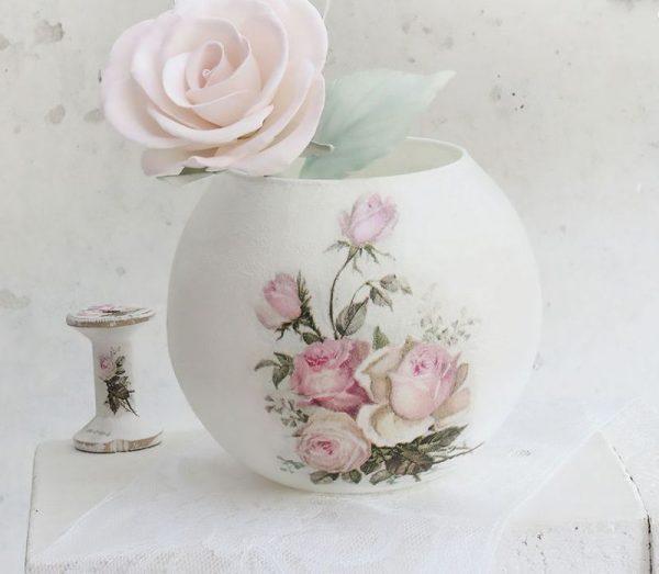 Декорируем вазы салфетками
