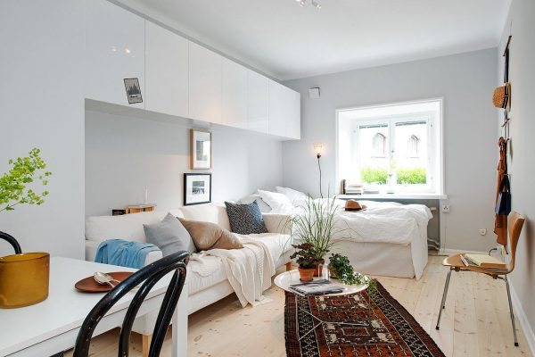 Расширяем пространство комнаты за счет белого цвета в интерьере