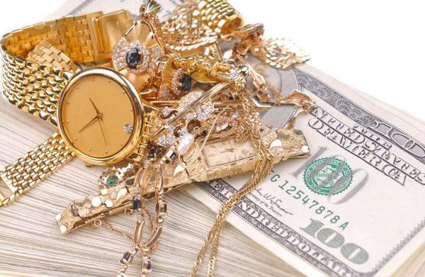 Золотые украшения. Кому стоит от них отказаться?
