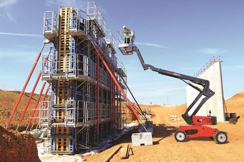 Преимущества строительных подъёмников